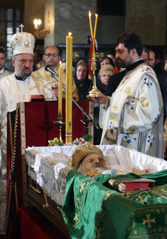 Српски народ плаче за својим Свецем...